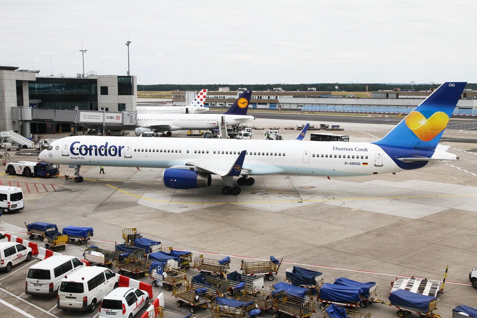 Re:【NKG/LHR/LCY/FFD/FAB/MAN/FRA/KIX】暑期临近尾声,大不列颠/霓虹流窜记回顾总结 BOEING 757-300 D-ABOG 德国法兰克福机场