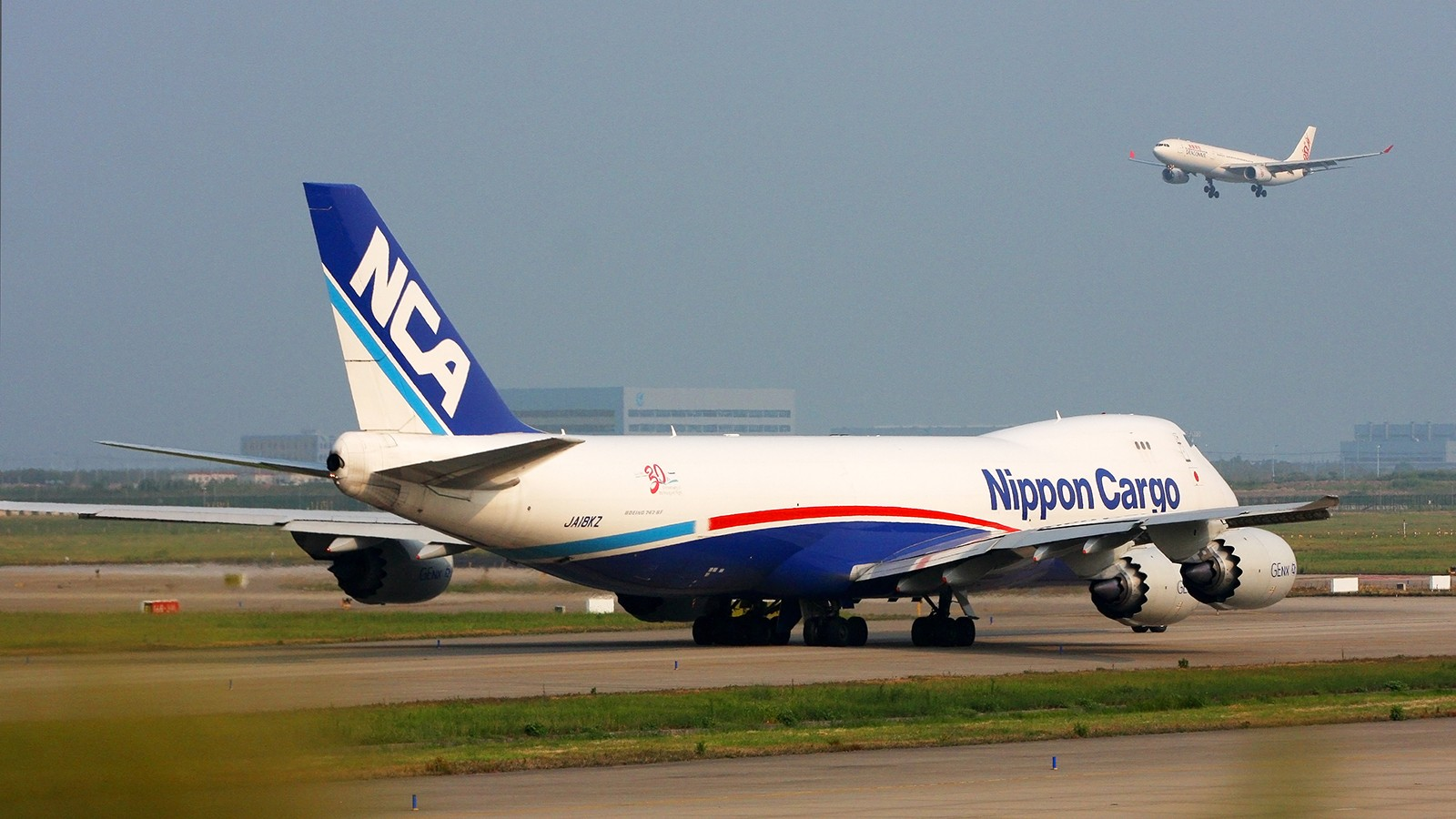 Re:天气欠佳,深入PVG,34端拍机 BOEING 747-8I JA18KZ 中国上海浦东国际机场