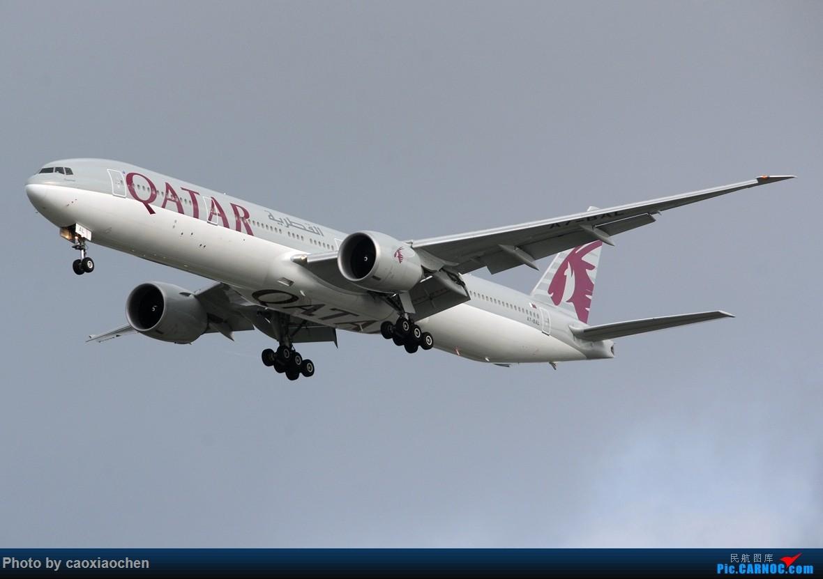 [原创]【五图】傍晚几个欧洲来的77W BOEING 777-300ER A7-BAL 中国上海浦东国际机场