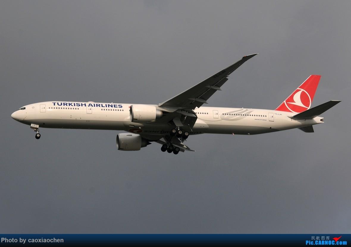 Re:[原创]【五图】傍晚几个欧洲来的77W BOEING 777-300ER TC-LGH 中国上海浦东国际机场