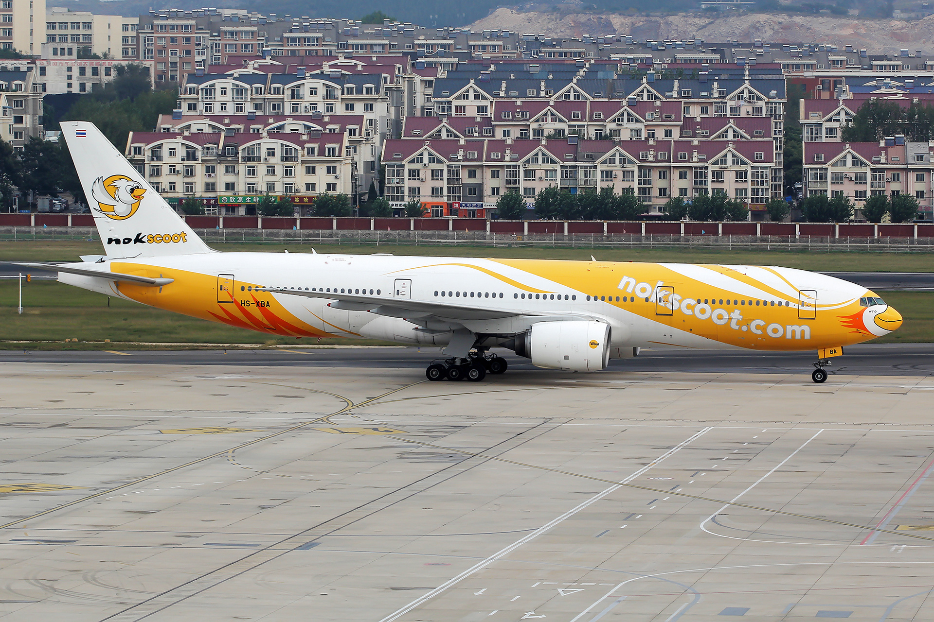 Re:[DLC]。。。酷鸟首航,落地反推未开,跑道口脱离。。。 BOEING 767-200ER HS-XBA 中国大连国际机场