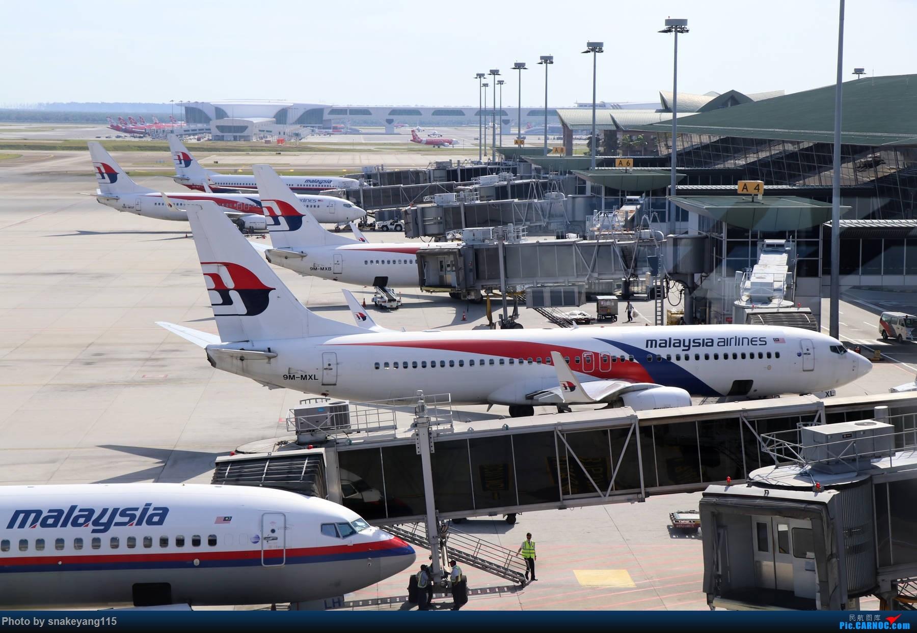 吉隆坡国际机场观景台一游~ BOEING 737-800 9M-MXL 吉隆坡国际机场