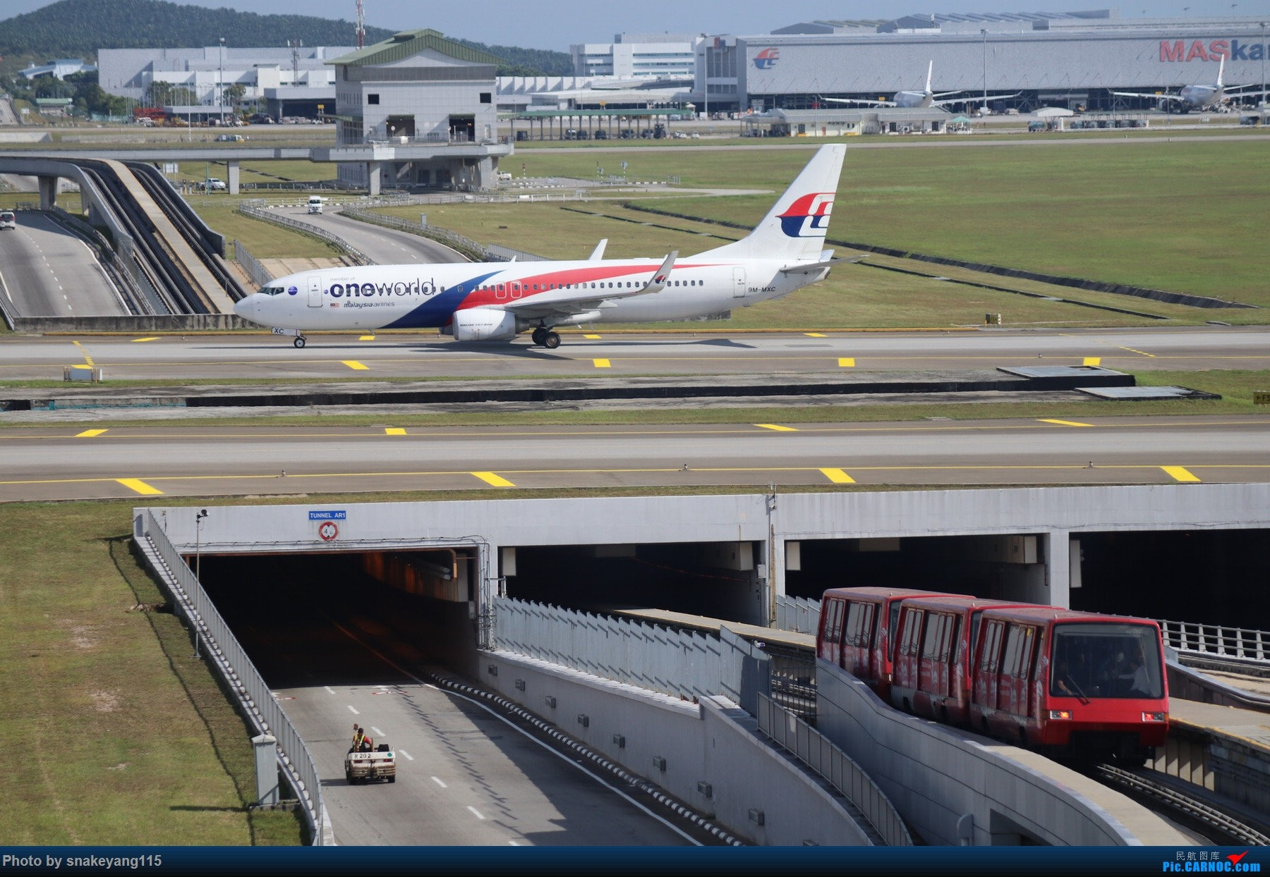 Re:[原创]吉隆坡国际机场观景台一游~ BOEING 737-800 9M-MXC 吉隆坡国际机场