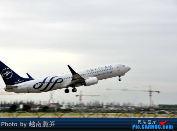 Re:[原创]宁波机场747 BOEING 737