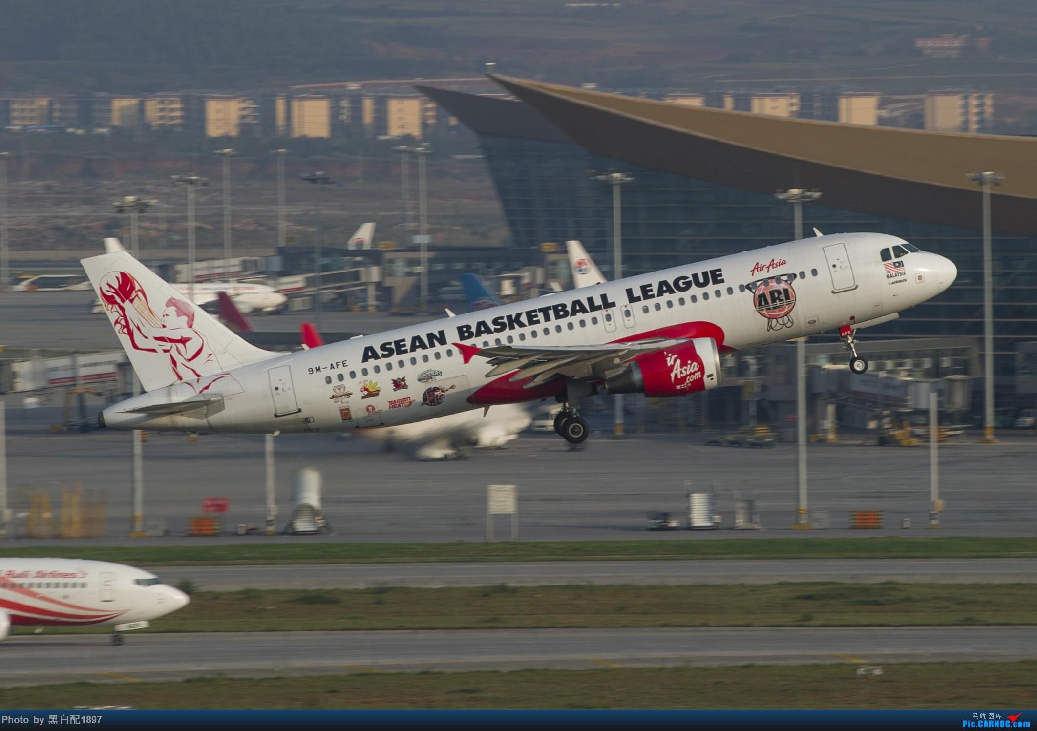 Re:[原创]国庆长水二日游之一 AIRBUS A320-200 9M-AFE 中国昆明长水国际机场