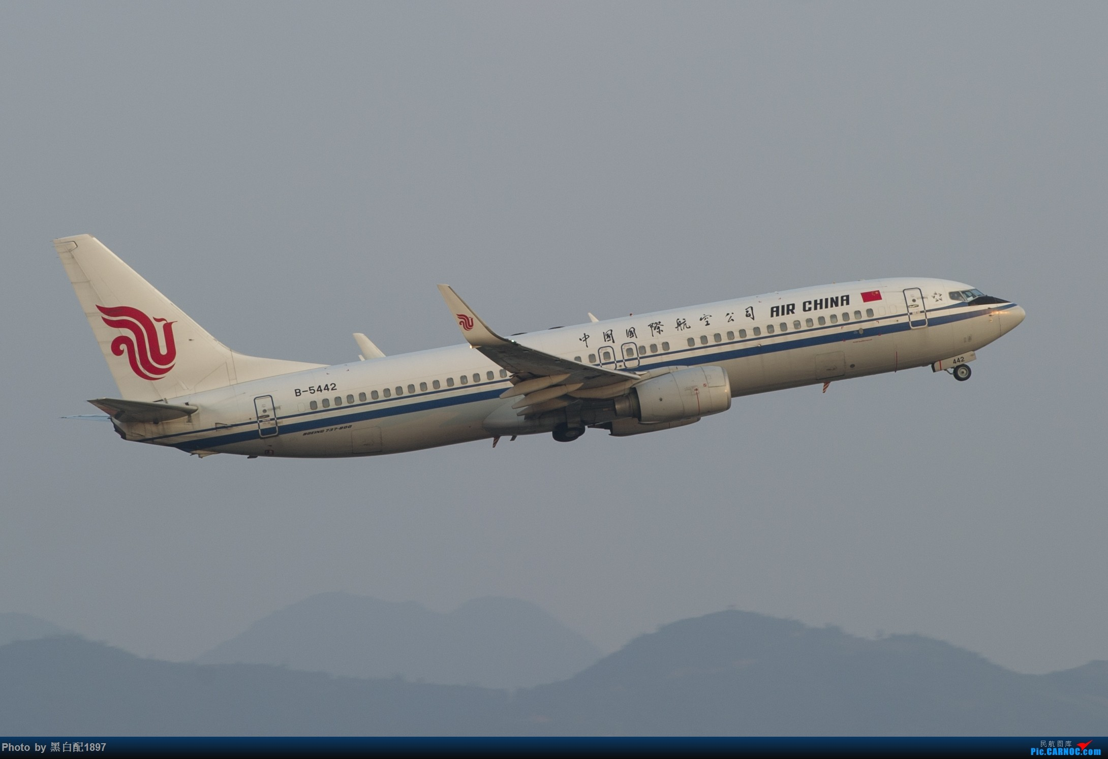 Re:[原创]国庆长水二日游之一 BOEING 737-800 B-5442 中国昆明长水国际机场