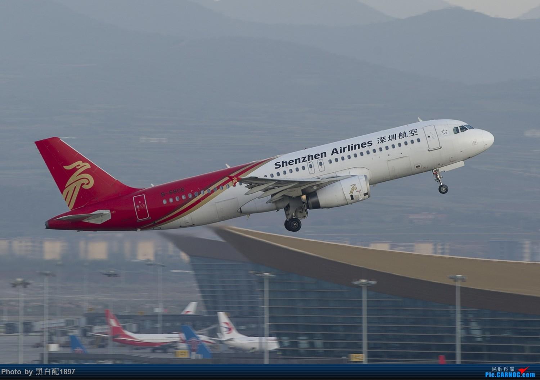Re:[原创]国庆长水二日游之二 AIRBUS A320-200 B-6806 中国昆明长水国际机场