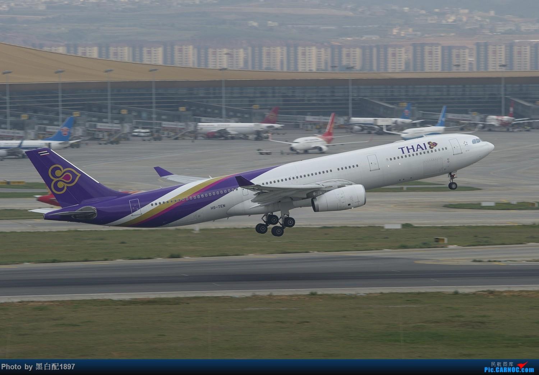 Re:[原创]国庆长水二日游之二 AIRBUS A330-300 HS-TEN 中国昆明长水国际机场