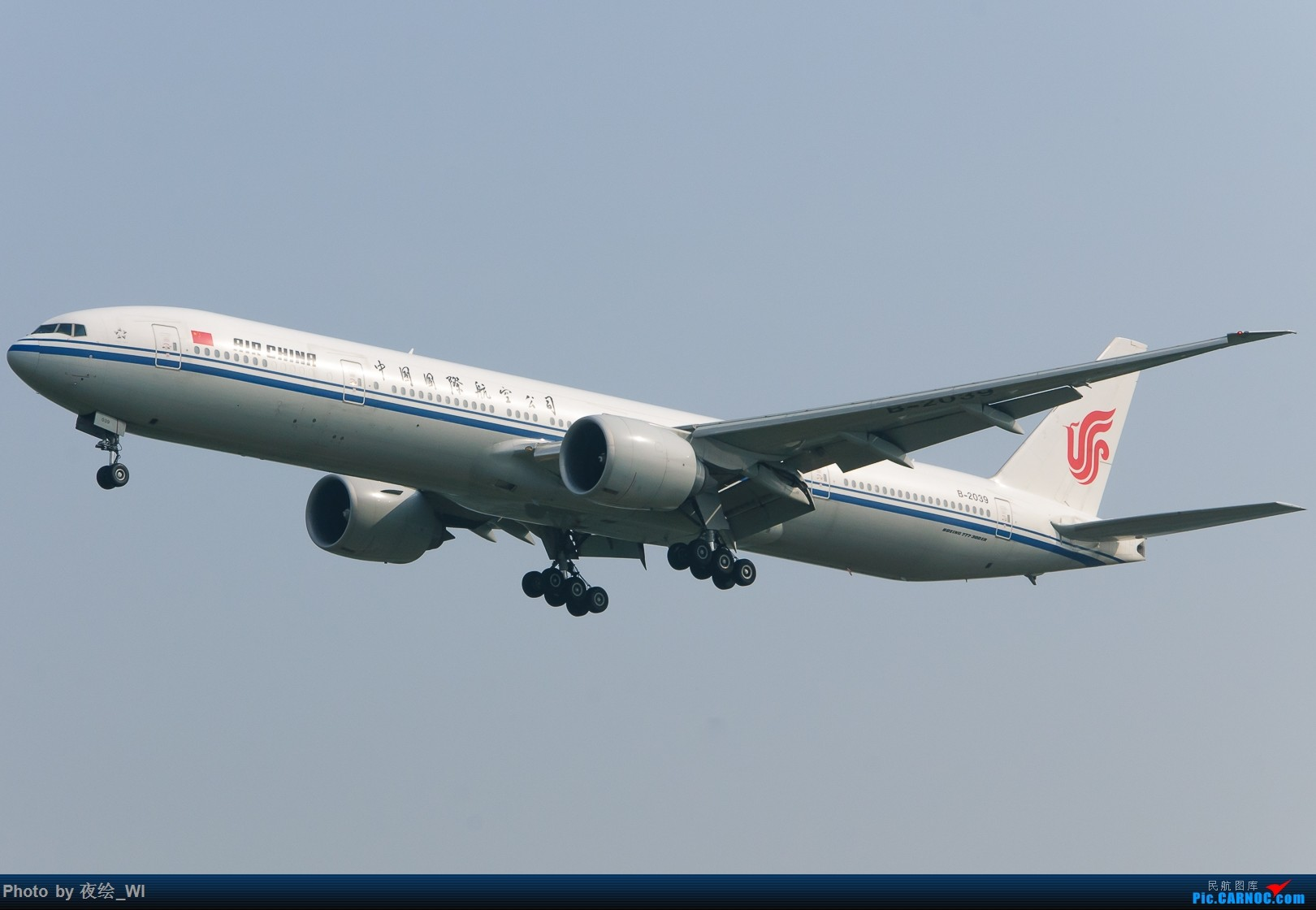 Re:[原创]【PEK】十月初雾霾下的国航牡丹及787 BOEING 777-300ER B-2039 中国北京首都国际机场