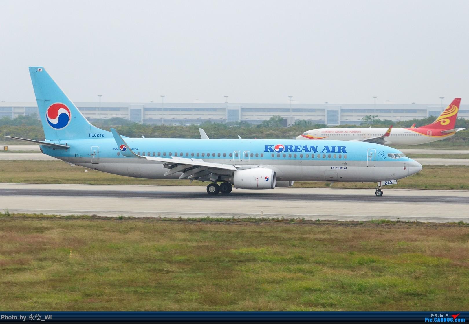 Re:[原创]【NKG】生日也要拍飞机,珍惜南京久违的单跑运行时光 BOEING 737-800 HL8242 中国南京禄口国际机场