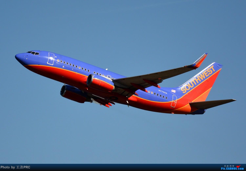 Re:[原创]DCA拍机:蓝天下的华盛顿里根机场 BOEING 737-700 N7740A 华盛顿里根机场