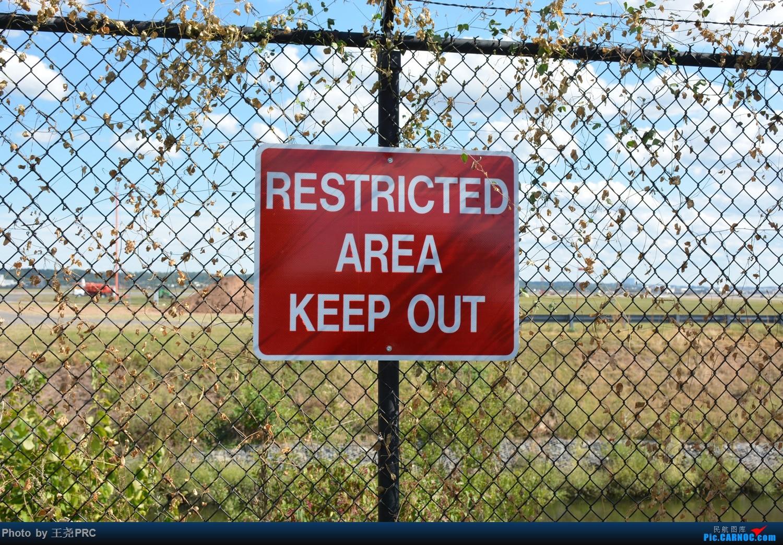 Re:[原创]DCA拍机:蓝天下的华盛顿里根机场    美国罗纳德·里根机场