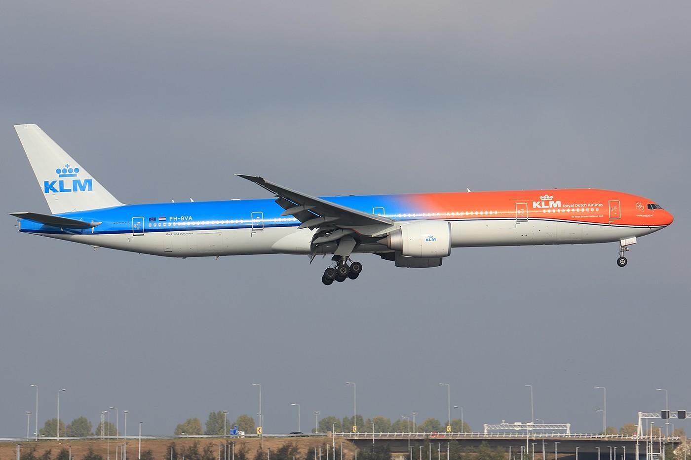 [原创]【AMS】烂天来好货 KLM橙色骄傲77W BOEING 777-300ER PH-BVA 荷兰阿姆斯特丹史基浦机场