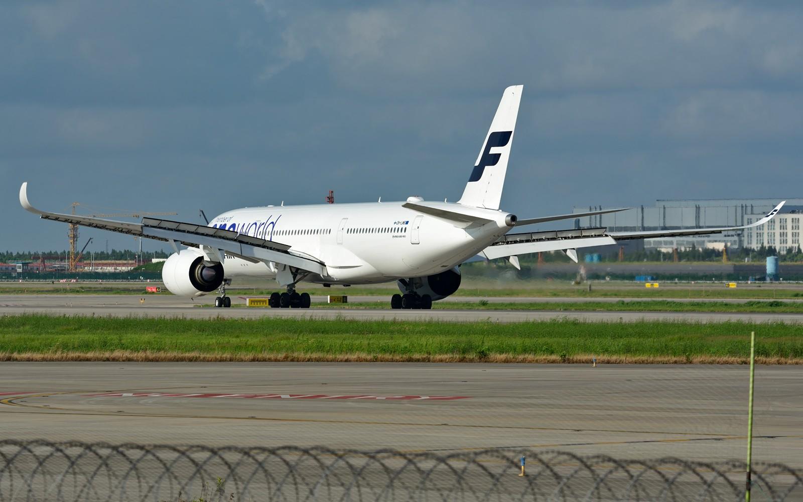 Re:[原创]【PVG】夏日东跑一组~~ AIRBUS A350-900 OH-LWB 中国上海浦东国际机场