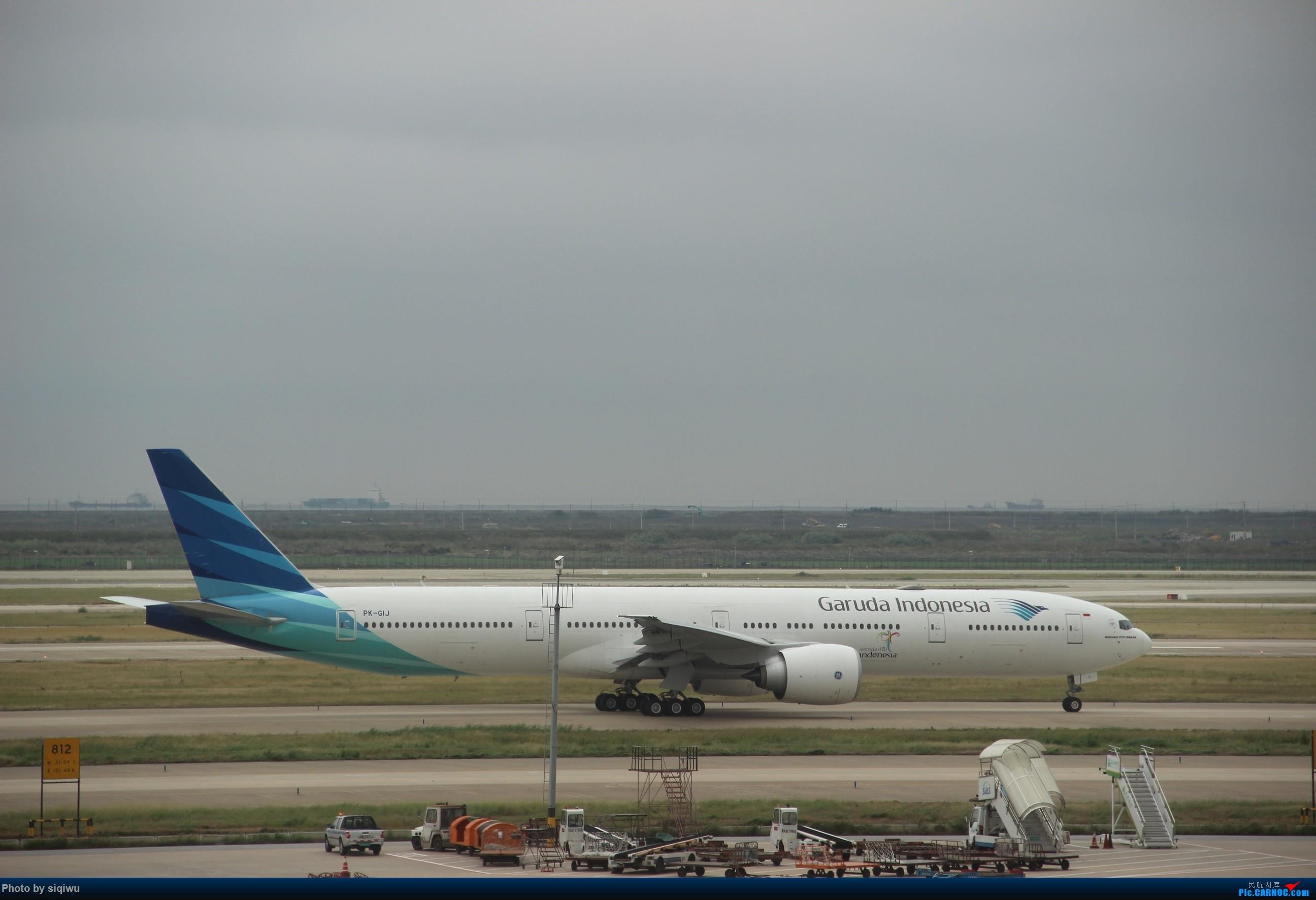 Re:[原创]PVG-HKG-KUL-HKG-PVG 四天往返,CX/KA BOEING 777-300ER  中国上海浦东国际机场