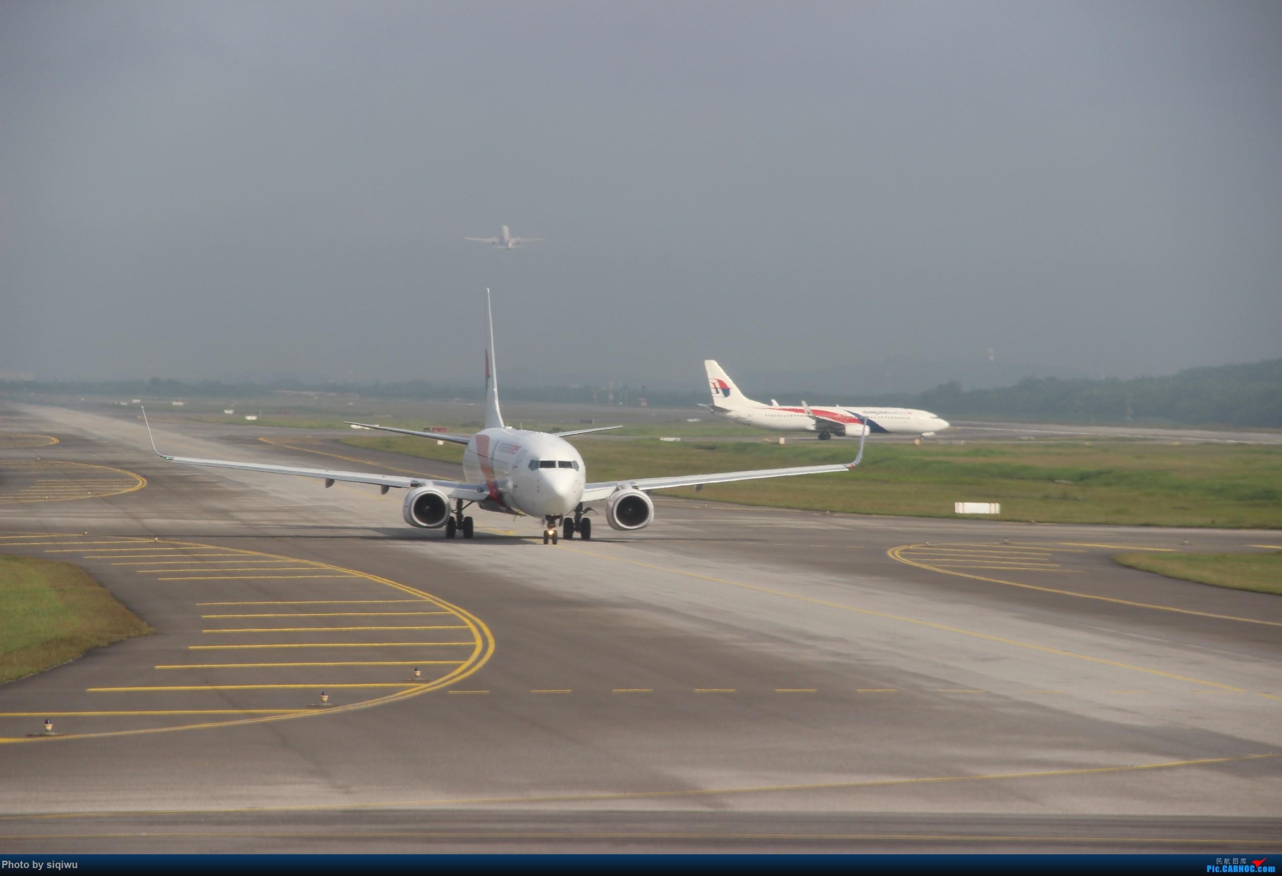Re:[原创]PVG-HKG-KUL-HKG-PVG 四天往返,CX/KA BOEING 737-800  马来西亚吉隆坡国际机场