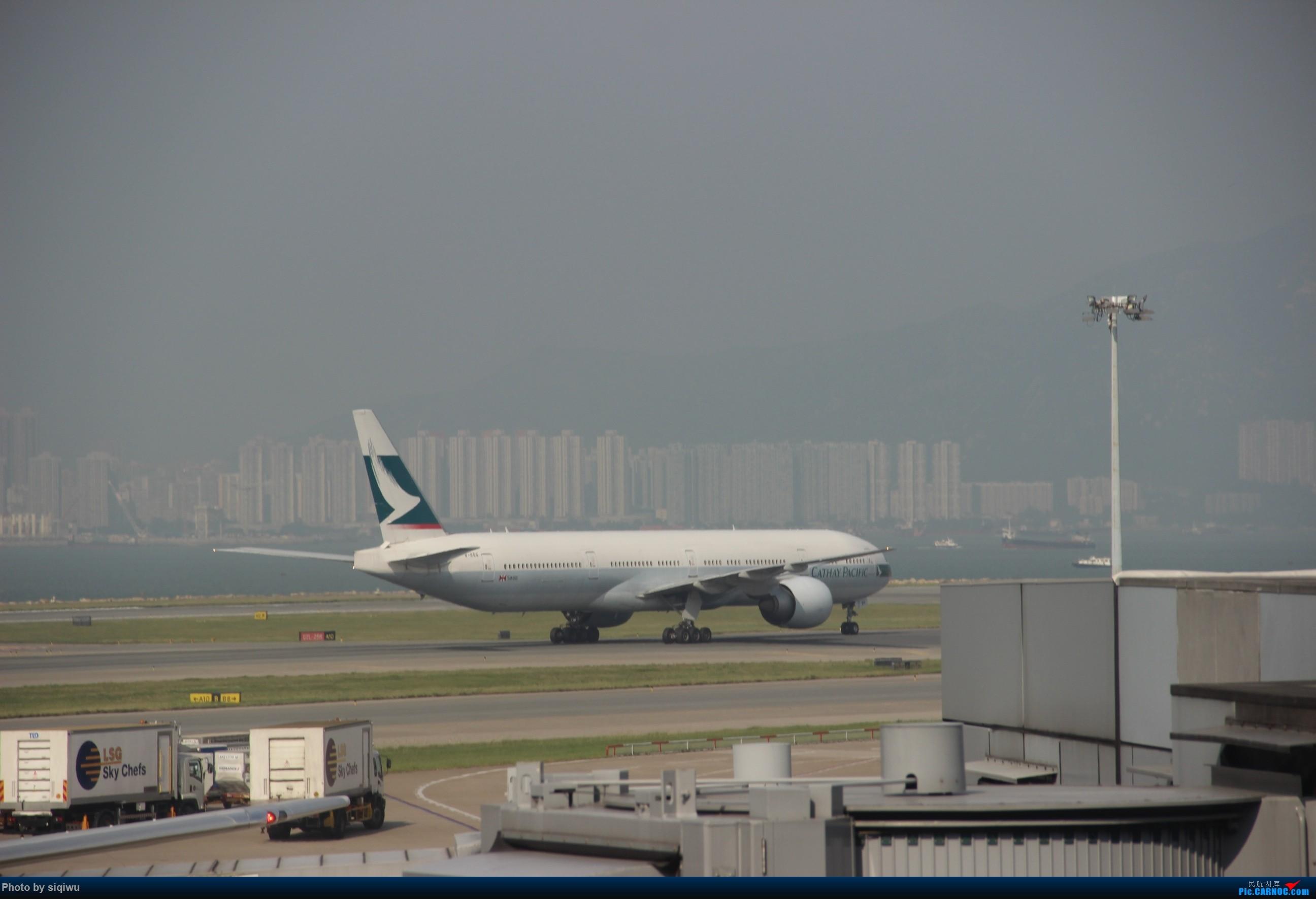 Re:[原创]PVG-HKG-KUL-HKG-PVG 四天往返,CX/KA BOEING 777-300  中国香港国际机场