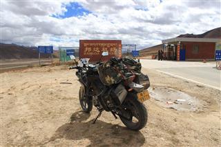 Re:---絕美的景觀航線CTU-KGT 航拍四姑娘 貢嘎 雅拉神山---