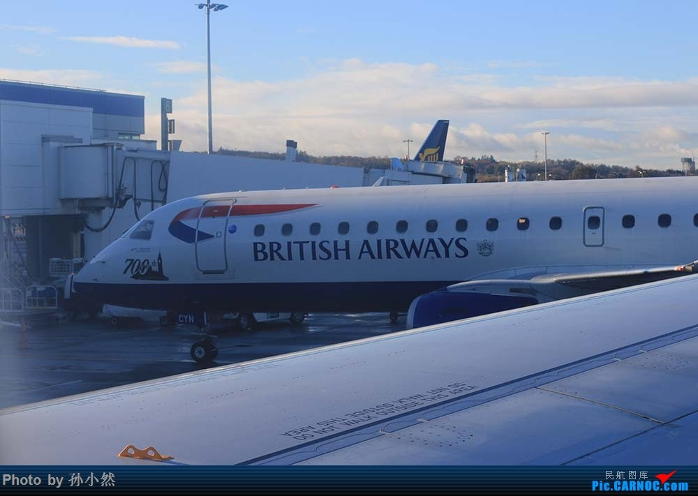 Re:[原创]爱丁堡-柏林舍讷费尔德-格拉斯哥 EDI - SXF - GLA 比较欧洲两家最大廉航易捷/瑞安 easyjet/ryanair EMBRAER 190BJ G-LCYN 英国爱丁堡机场