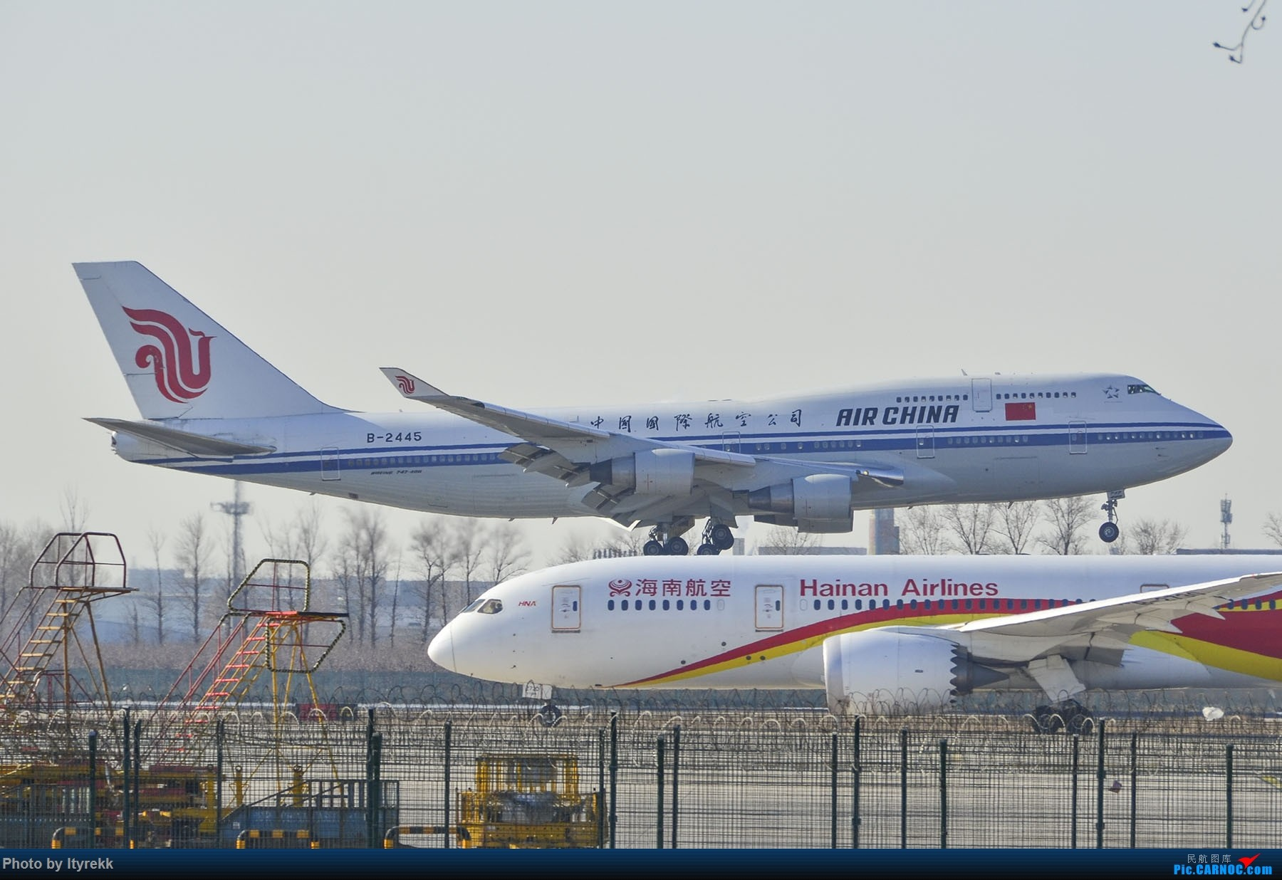 Re:[原创]PEK一日游 收获厦航首架789 B-1566等 BOEING 747-400 B-2445 中国北京首都国际机场