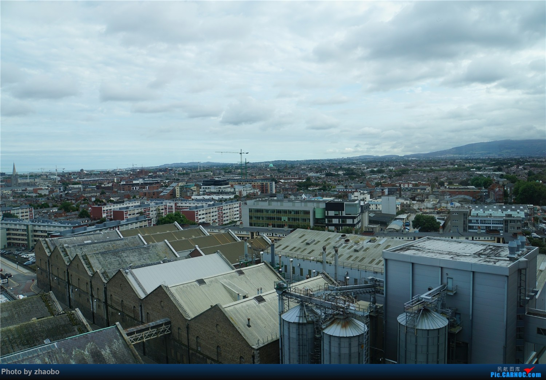 Re:[原创]从南到北游英国[中]都柏林三一学院的长厅,品吉尼斯啤酒,连接都柏林与贝尔法斯特的企业号,巨人石堤,前往苏格兰的flybe BOMBARDIER CHALLENGER