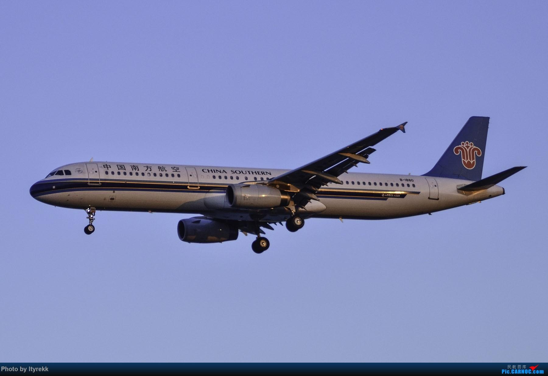 Re:[原创]PEK一日游 收获厦航首架789 B-1566等 AIRBUS A321-200 B-1880 中国北京首都国际机场
