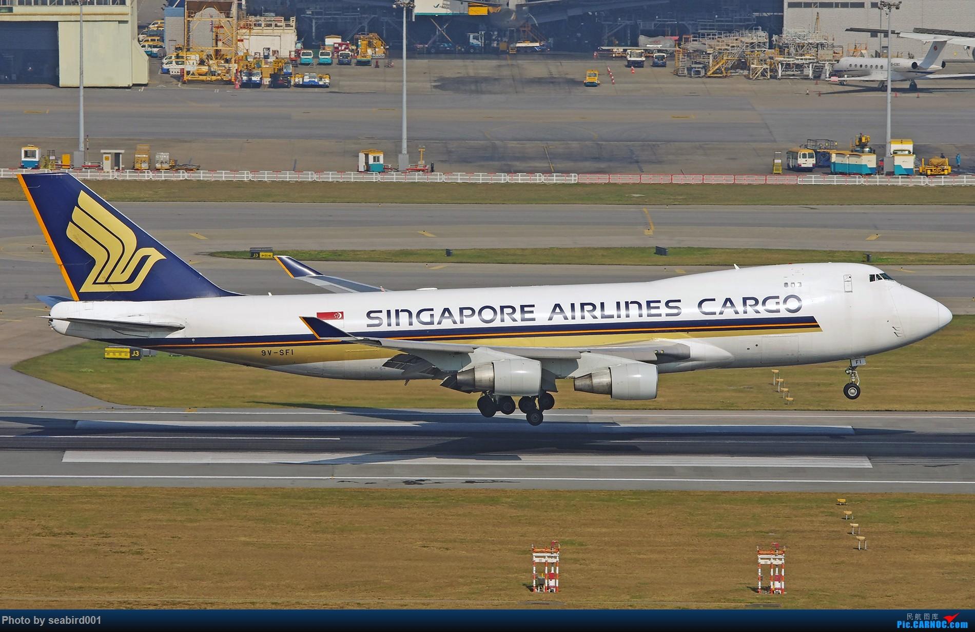 [原创]747卡车 BOEING 747-400 9V-SFI 中国香港国际机场