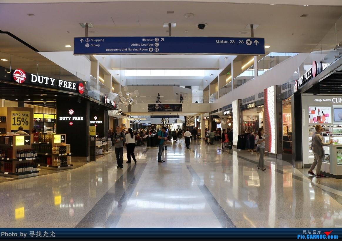 Re:[原创]【有光的地方就有我】金秋北美游:旧金山、洛杉矶、温哥华、西雅图:CKG-SFO-LAX-YVR/SEA-SFO-CKG--CA985、986往返(上集)    美国洛杉矶机场