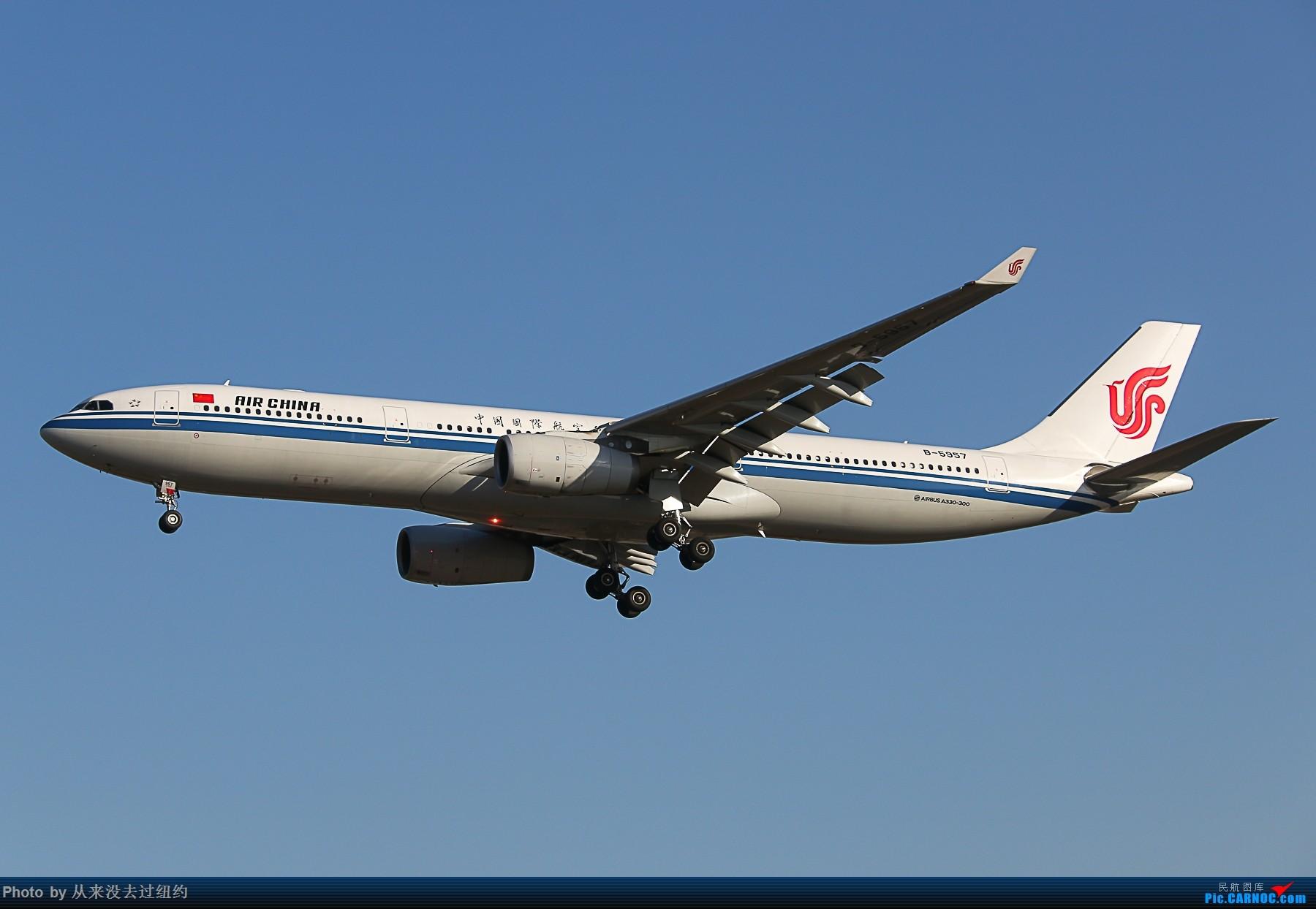 [原创]Air China 330-300 AIRBUS A330-200 B-5957 中国北京首都国际机场