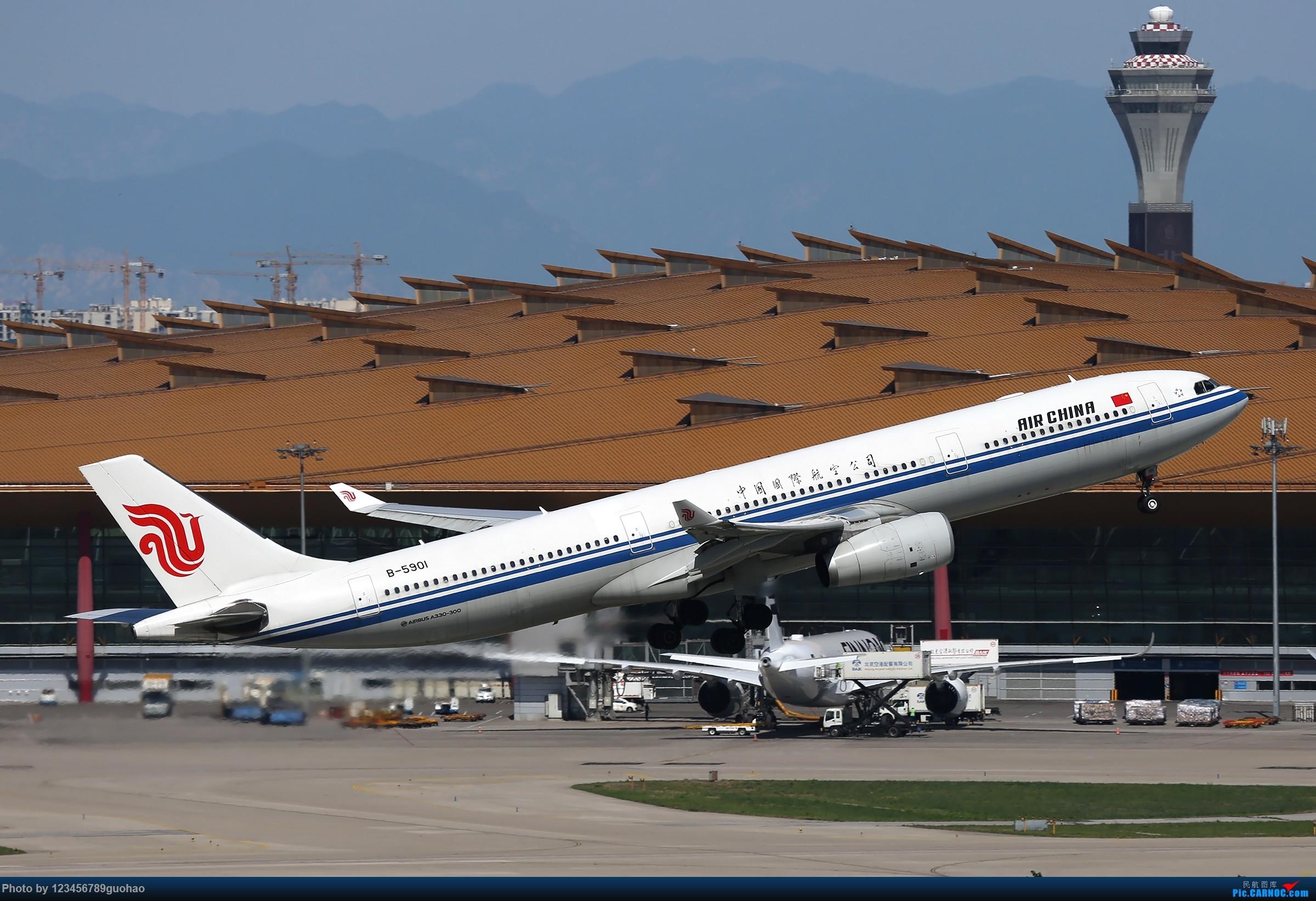 [原创]B-5901 AIRBUS A330-300 B-5901 北京首都国际机场