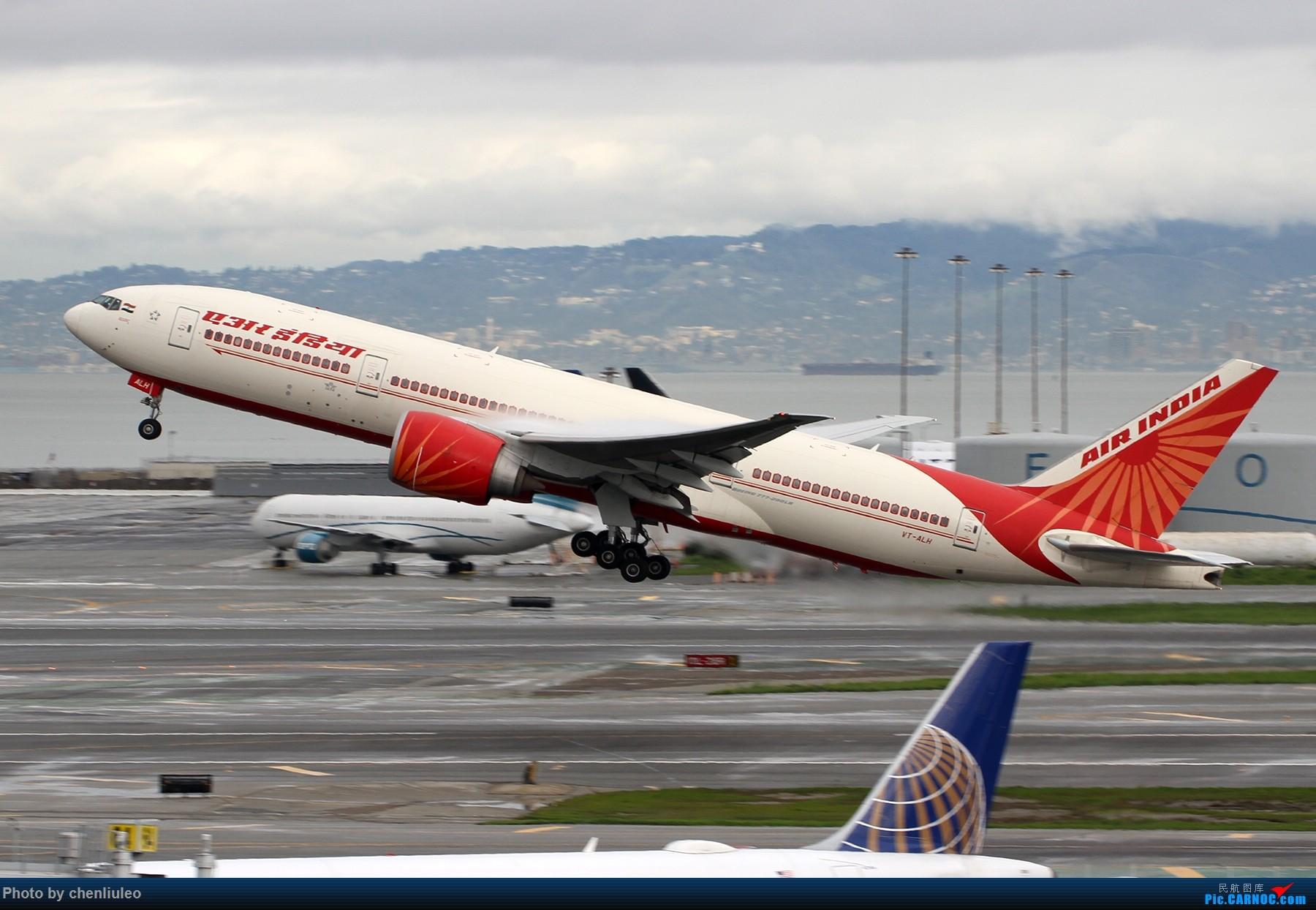 Re:[原创]【杭州飞友会】美国联合航空旧金山直飞杭州初体验 一切都很UA BOEING 777-227LR VT-ALH 美国旧金山机场