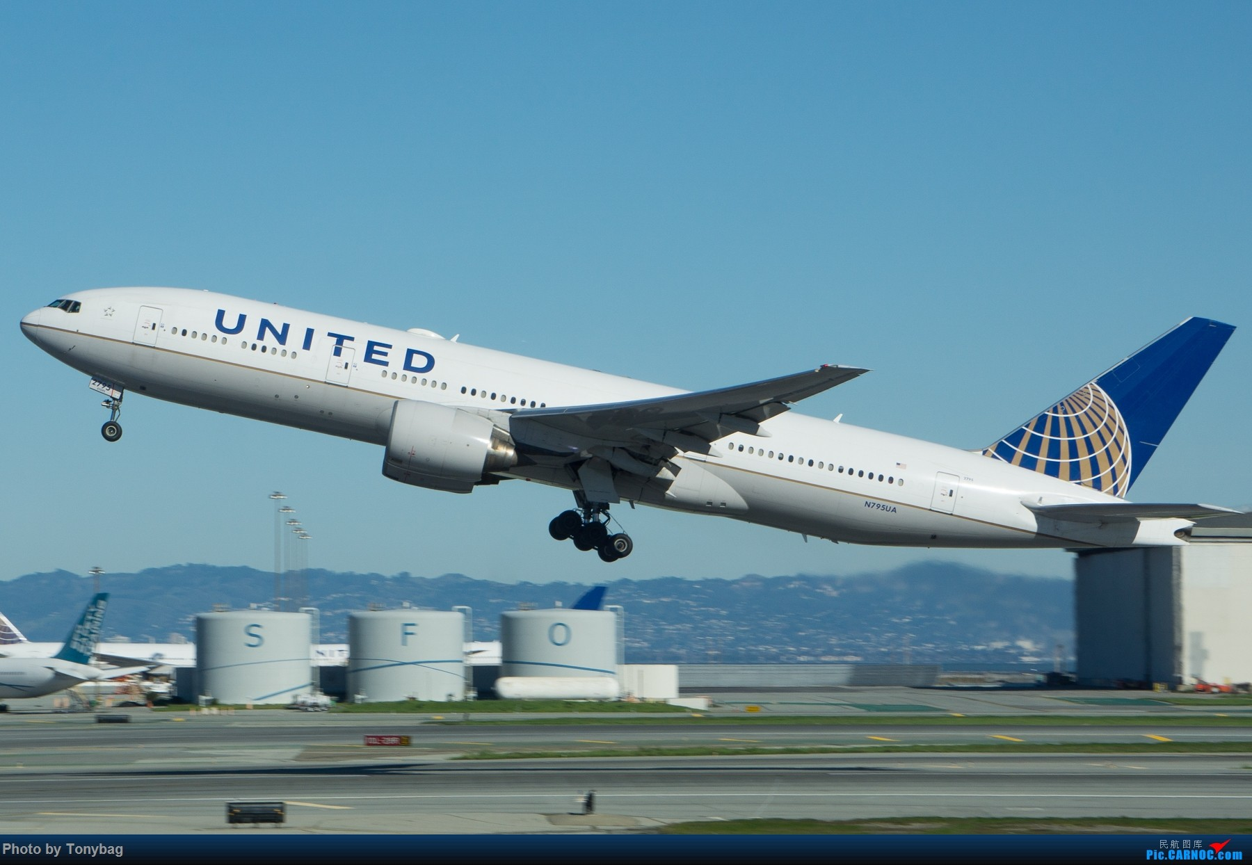 Re:[原创]【SFO】美国联合航空 Boeing 777-200ER N795UA BOEING 777-200ER N795UA 美国旧金山机场