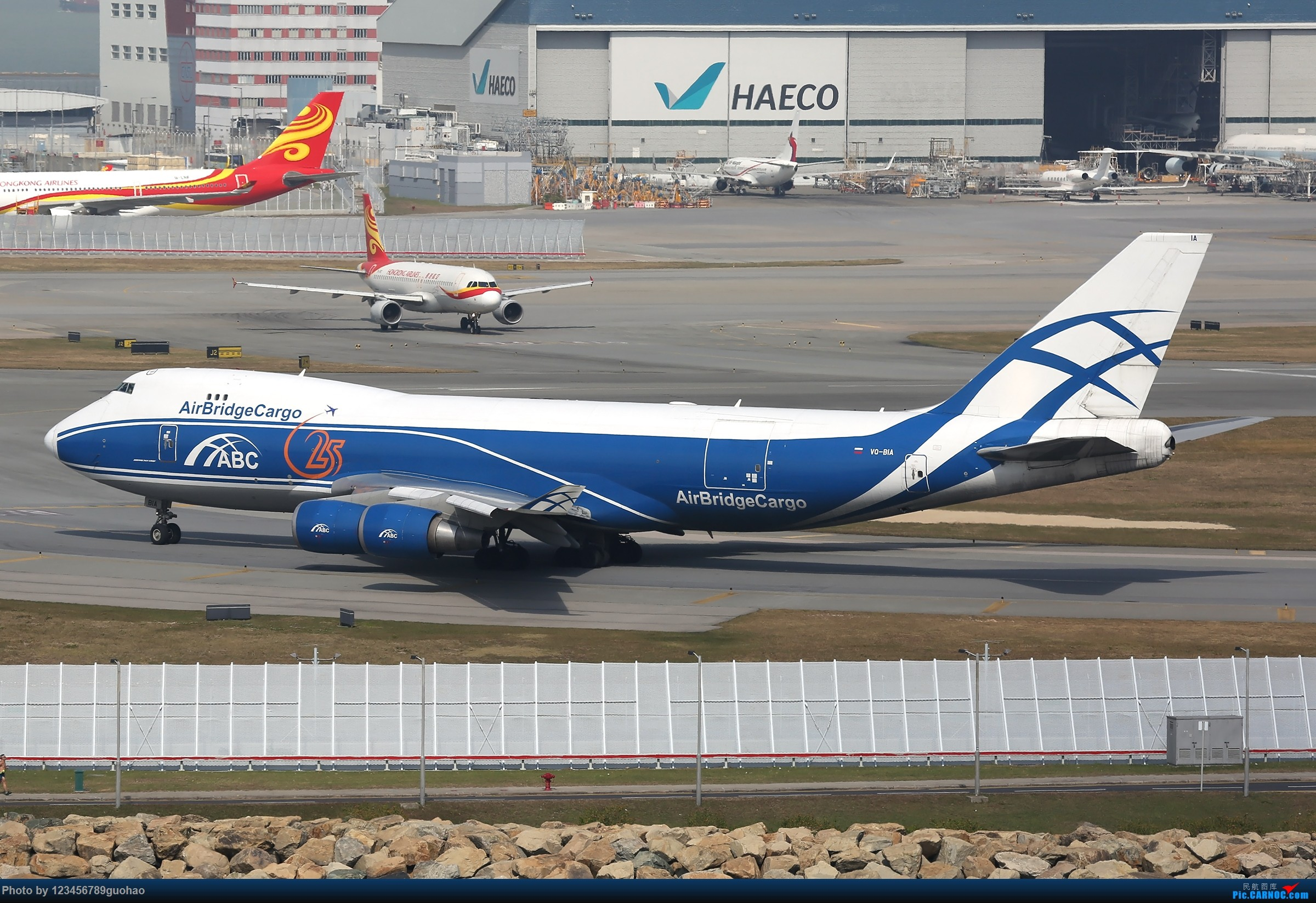 Re:[原创]香港货 BOEING 747-400F VQ-BIA 香港赤鱲角国际机场