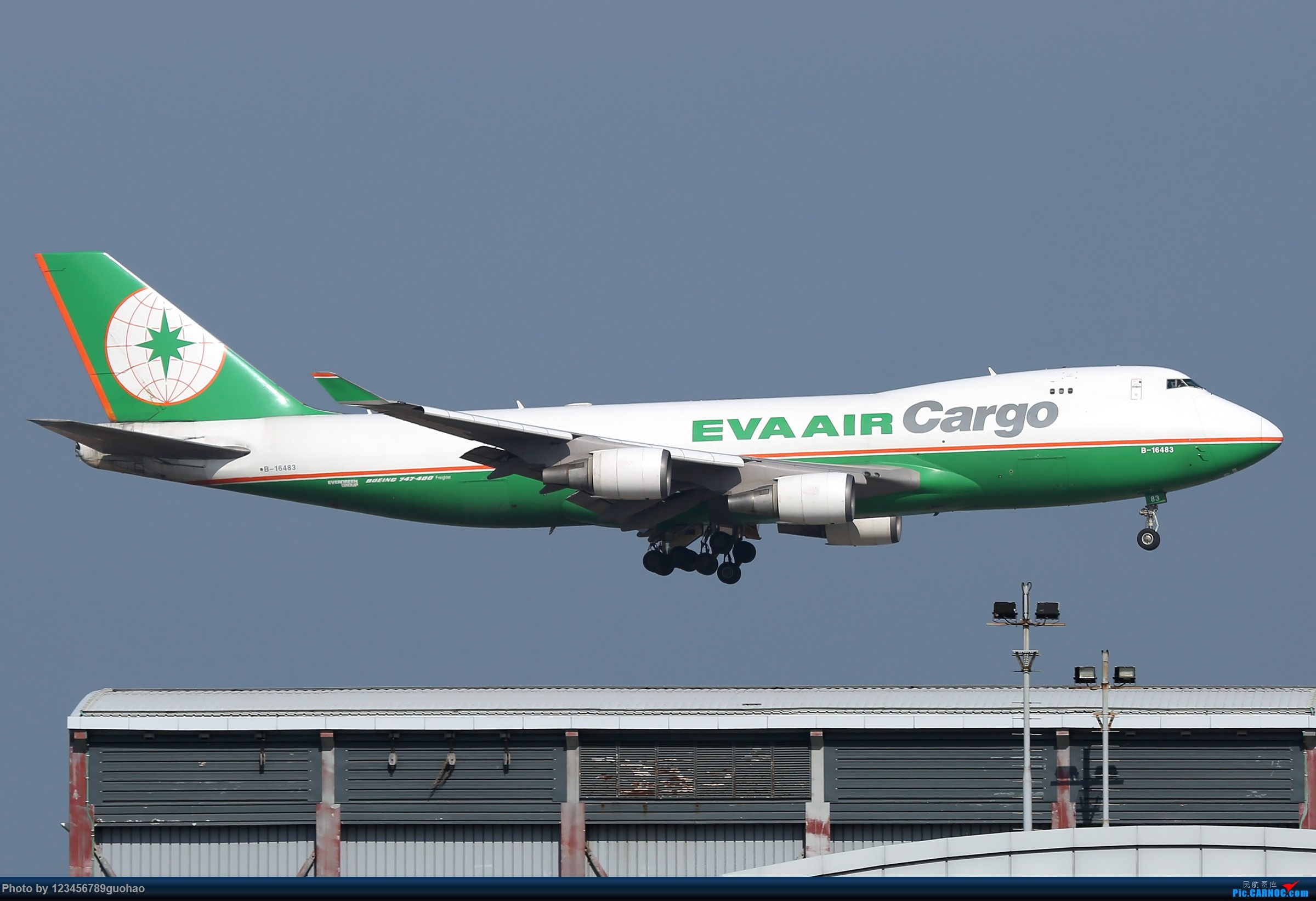 Re:[原创]香港货 BOEING 747-400F B-16483 香港赤鱲角国际机场