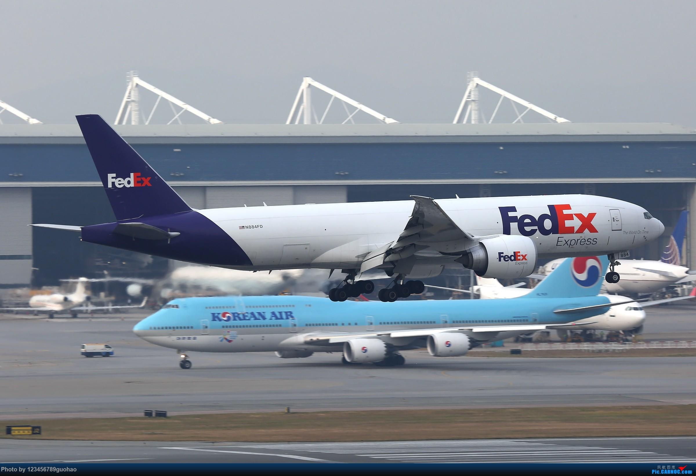Re:[原创]香港货 BOEING 77F N884FD 香港赤鱲角国际机场