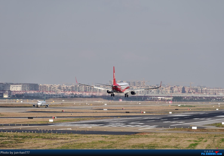 [原创]远眺机场 BOEING 737-800 B-5831