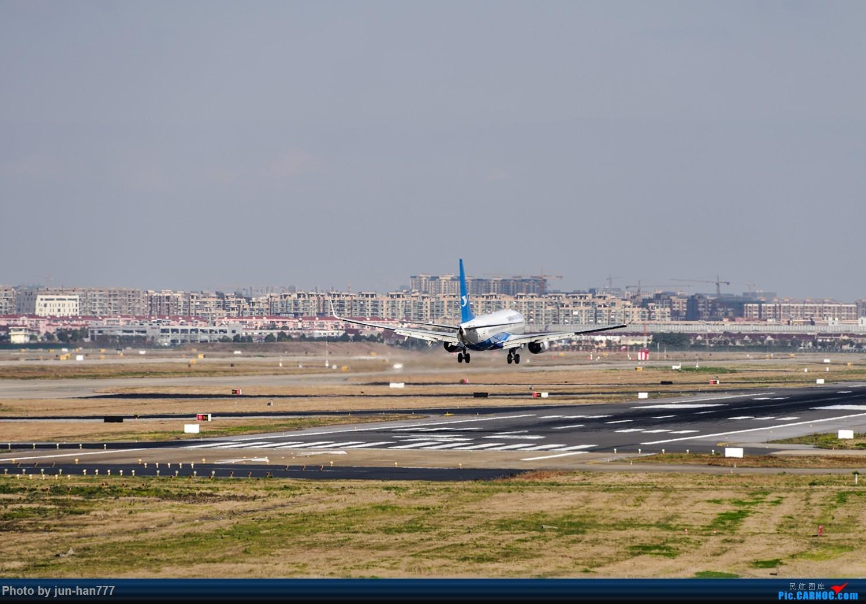 Re:远眺机场 BOEING 737-800 B-5630