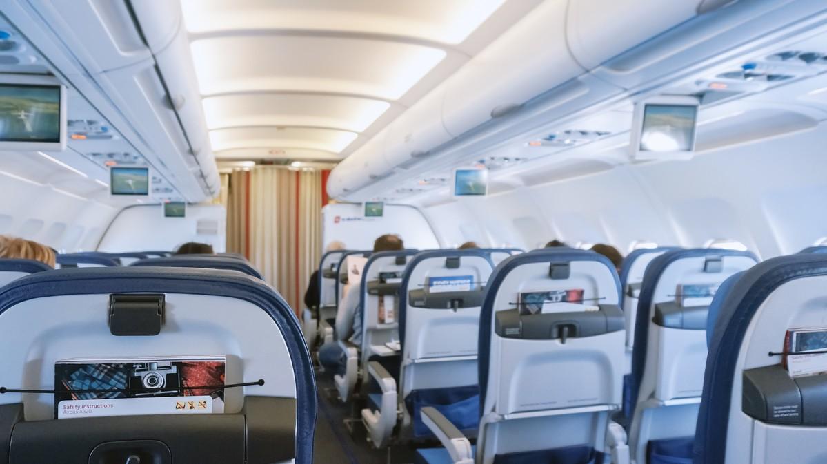 Re: [原创]【 环球十万公里 | 除了横跨太平洋 | 东欧西欧 | 中集 】 AIRBUS A320-200 HB-IJU 空中