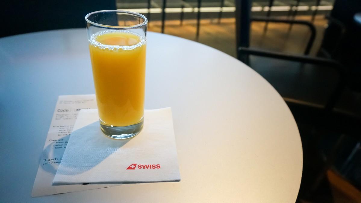 Re: [原创]【 环球十万公里 | 除了横跨太平洋 | 东欧西欧 | 中集 】    瑞士苏黎世机场