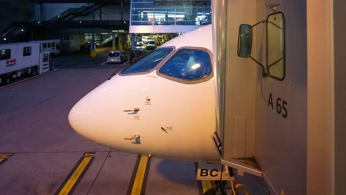 Re: [原创]【 环球十万公里 | 除了横跨太平洋 | 东欧西欧 | 中集 】 BOMBARDIER CSERIES CS100 HB-JBC 瑞士苏黎世机场
