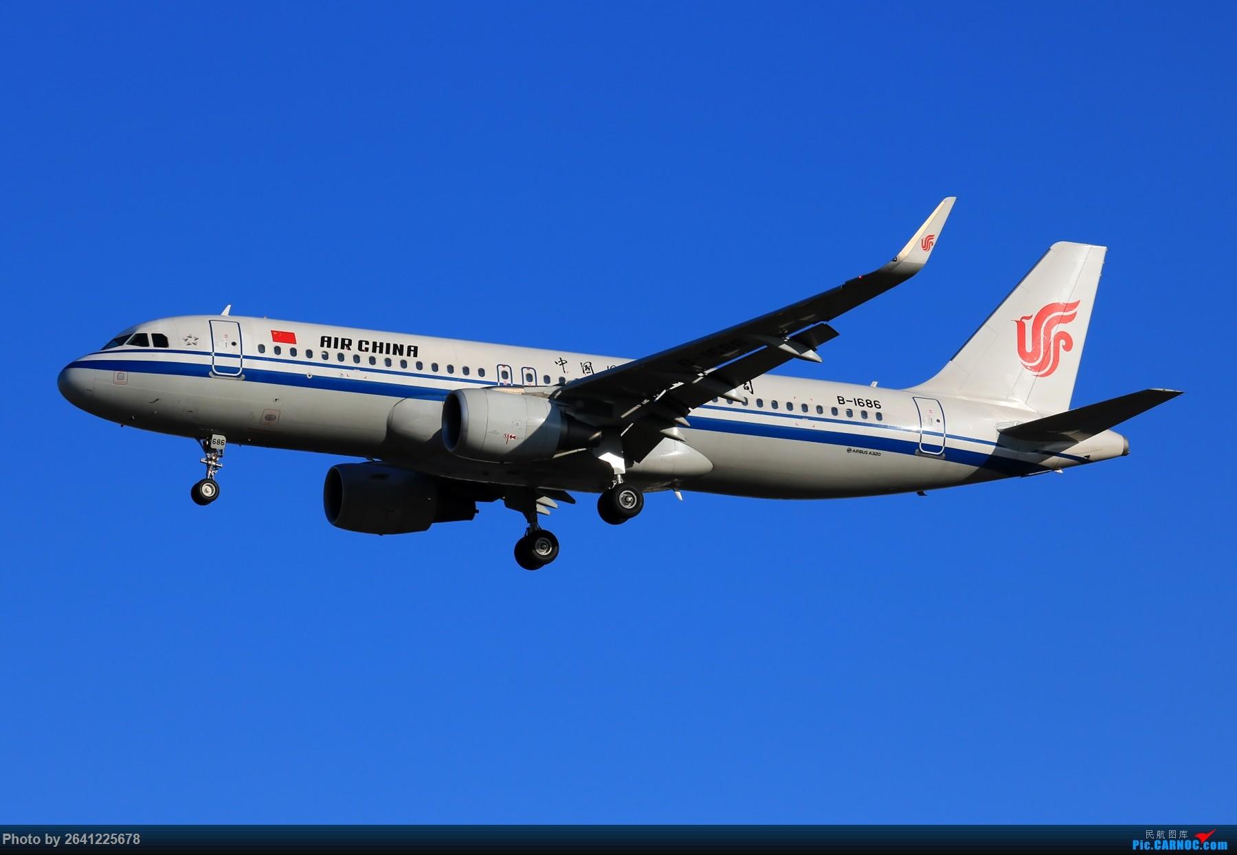 Re:[原创]【PEK】六七级北风吹走了雾霾,吹不走拍机的热情!1800*1200/1920*1280一组 图片略多,慢慢发 AIRBUS A320-200 B-1686 中国北京首都国际机场
