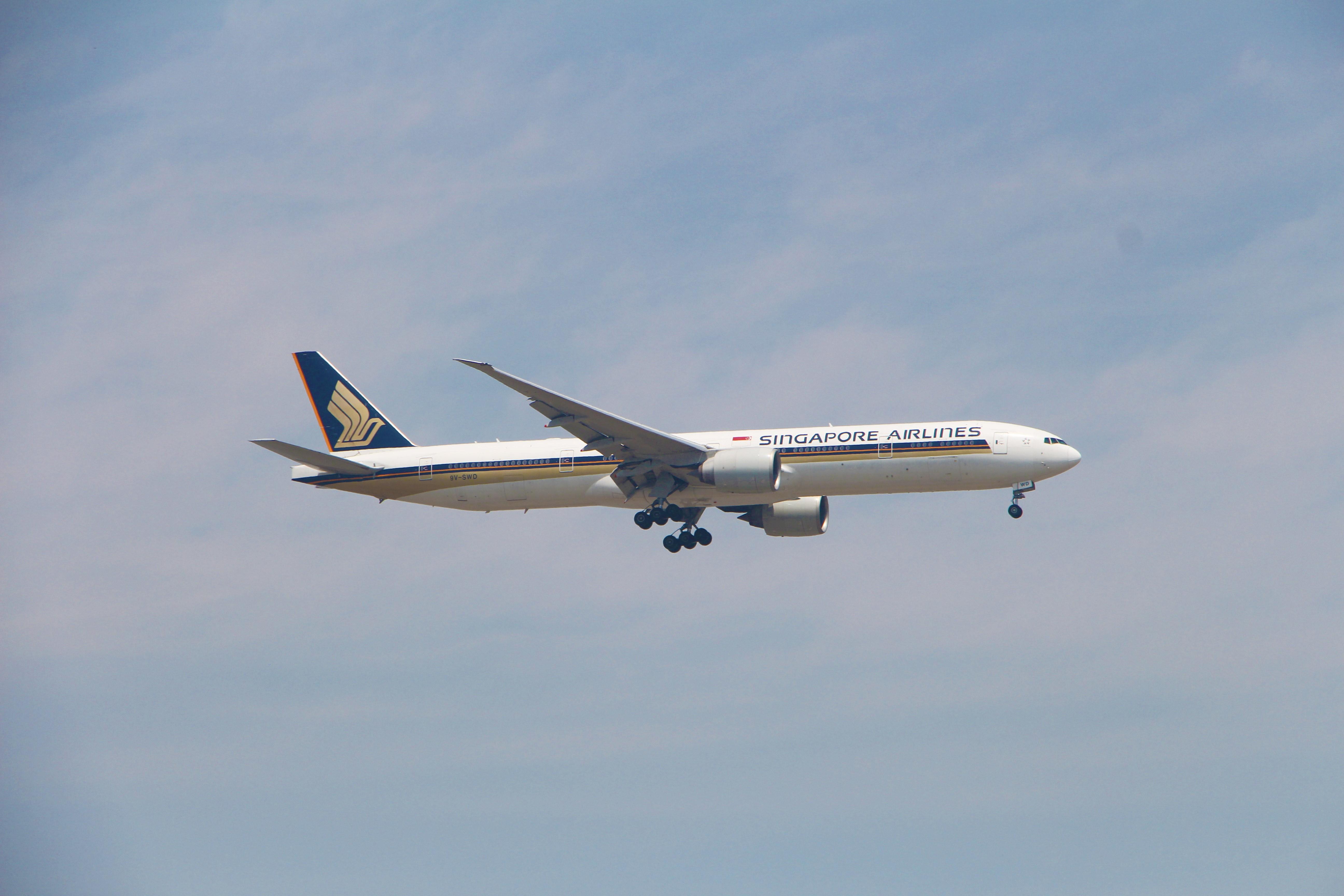 Re:[原创]浦东拍机大作战 BOEING 777-300ER 9V-SWD 中国上海浦东国际机场