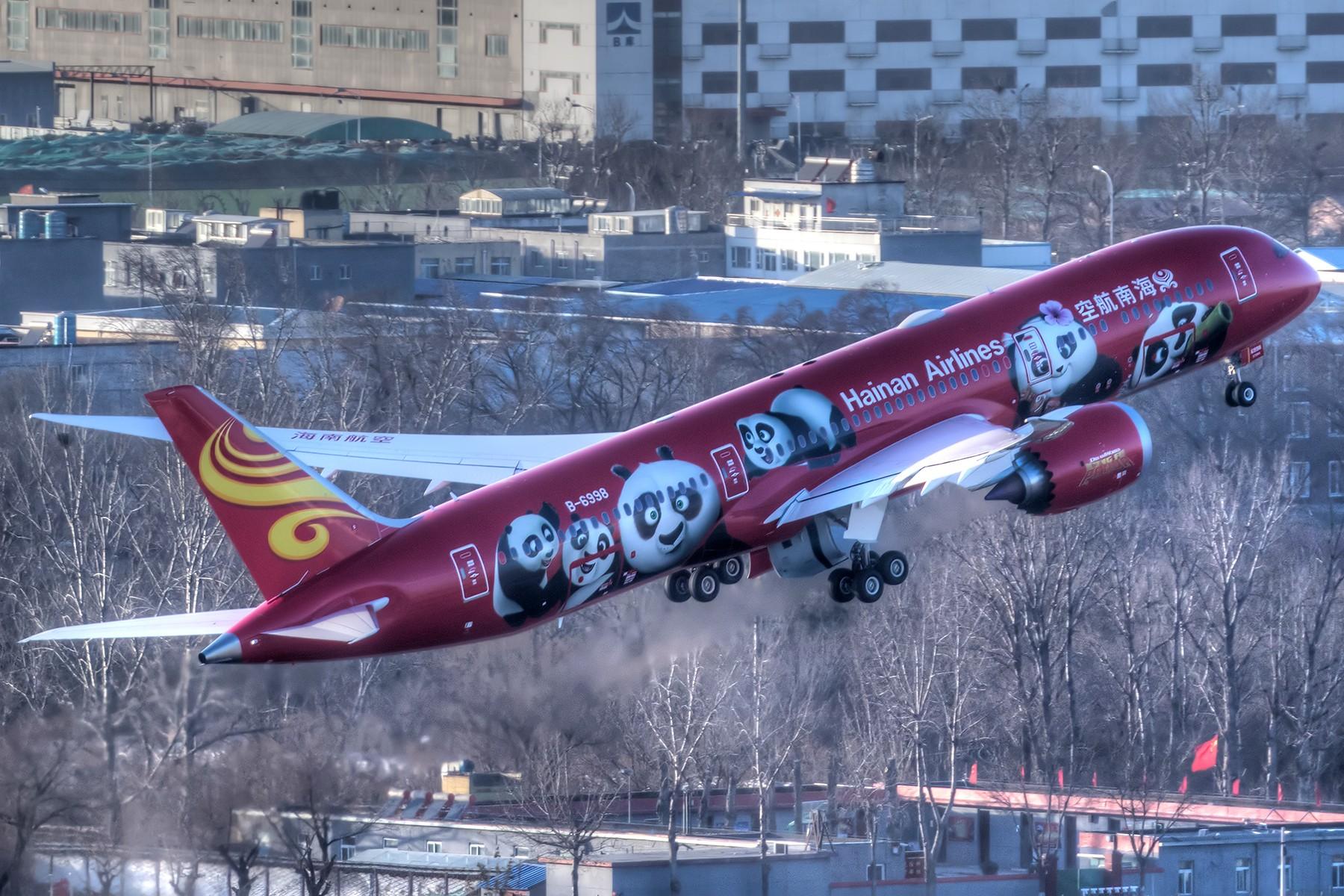 [原创]**一图党**明天值班提前拜年,功夫熊猫红红火火祝各位春节快乐! BOEING 787-9 B-6998 中国北京首都国际机场