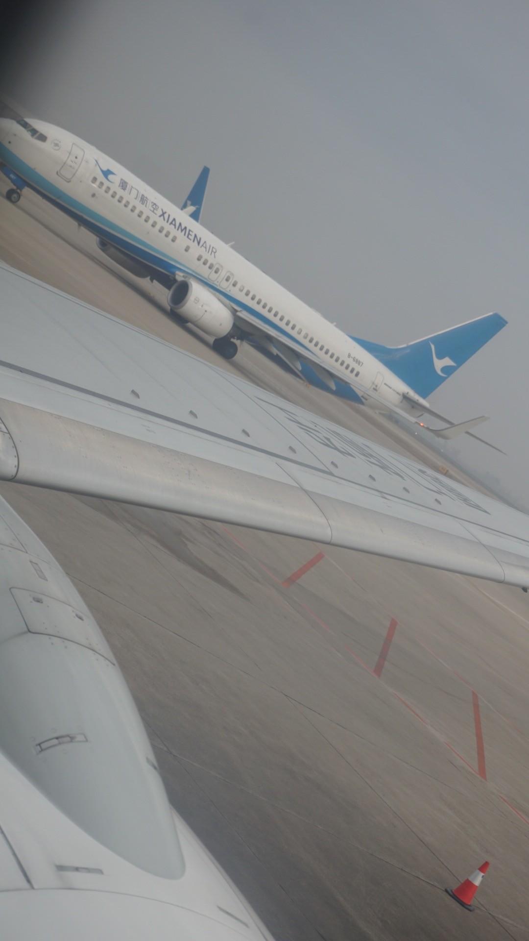 Re:[原创]新年第一次出行~…XMN-NGB-CGO 沿途拍机..多图 BOEING 737-800 B-6887 中国厦门高崎国际机场