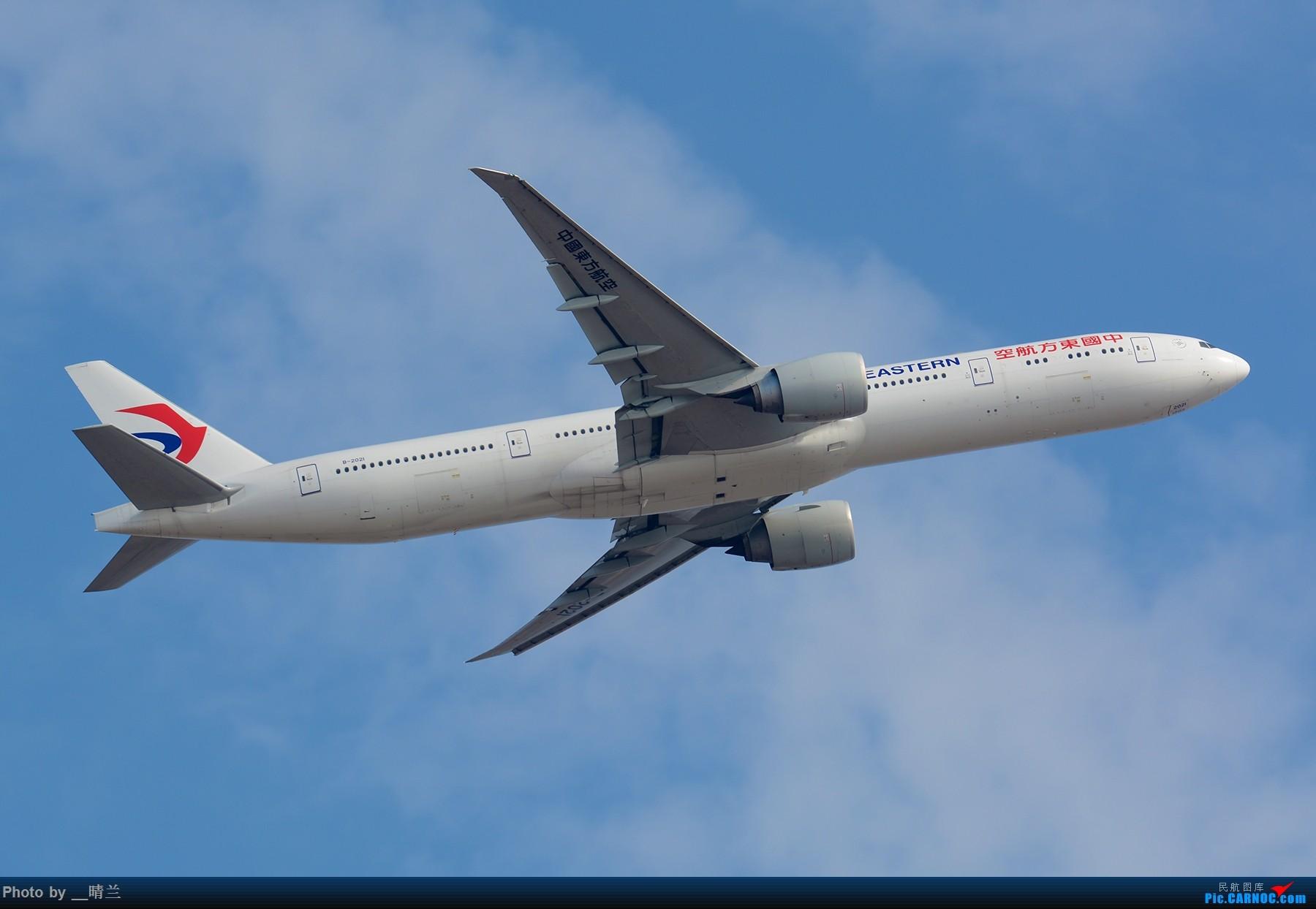 Re:[原创]【PVG】大年初二 新角度解锁 集齐7只77W 召唤748一枚!#祝各位飞友新的一年一飞冲天!# BOEING 777-300ER B-2021 中国上海浦东国际机场