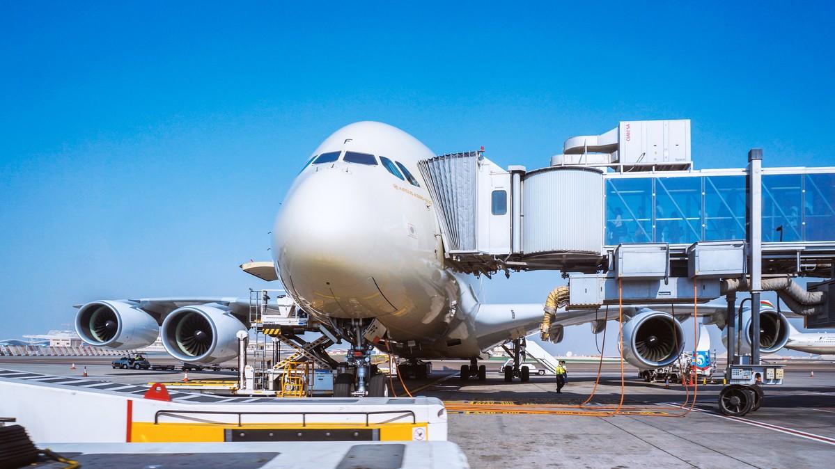 Re: [原创]【 环球十万公里 | 除了横跨太平洋 | 后会有期 | 下集 】 AIRBUS A380-800 A6-APF 阿拉伯联合酋长国阿布扎比国际机场