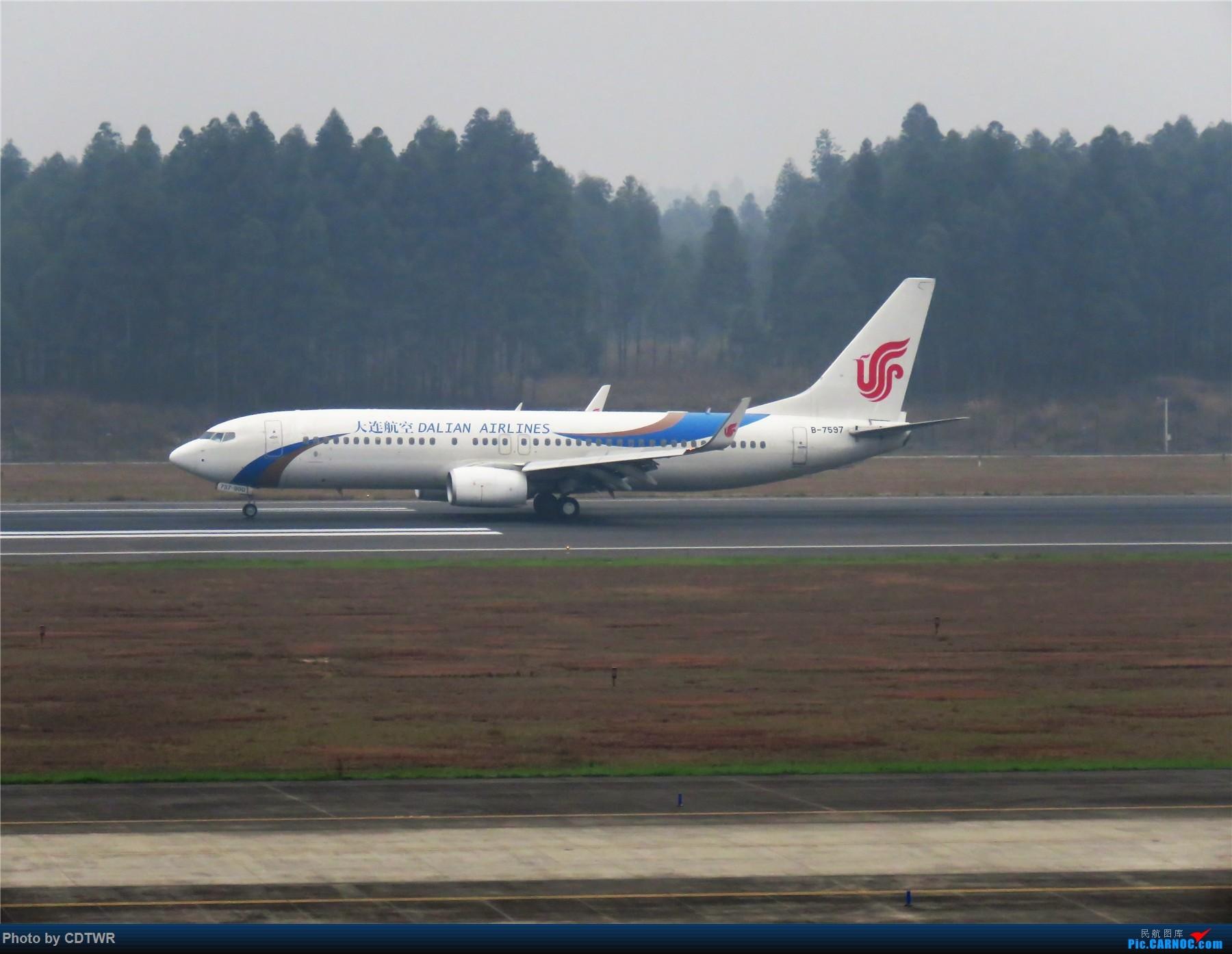Re:CTU春运末---成都冬季的水泥天 BOEING 737-800 B-7597 中国成都双流国际机场