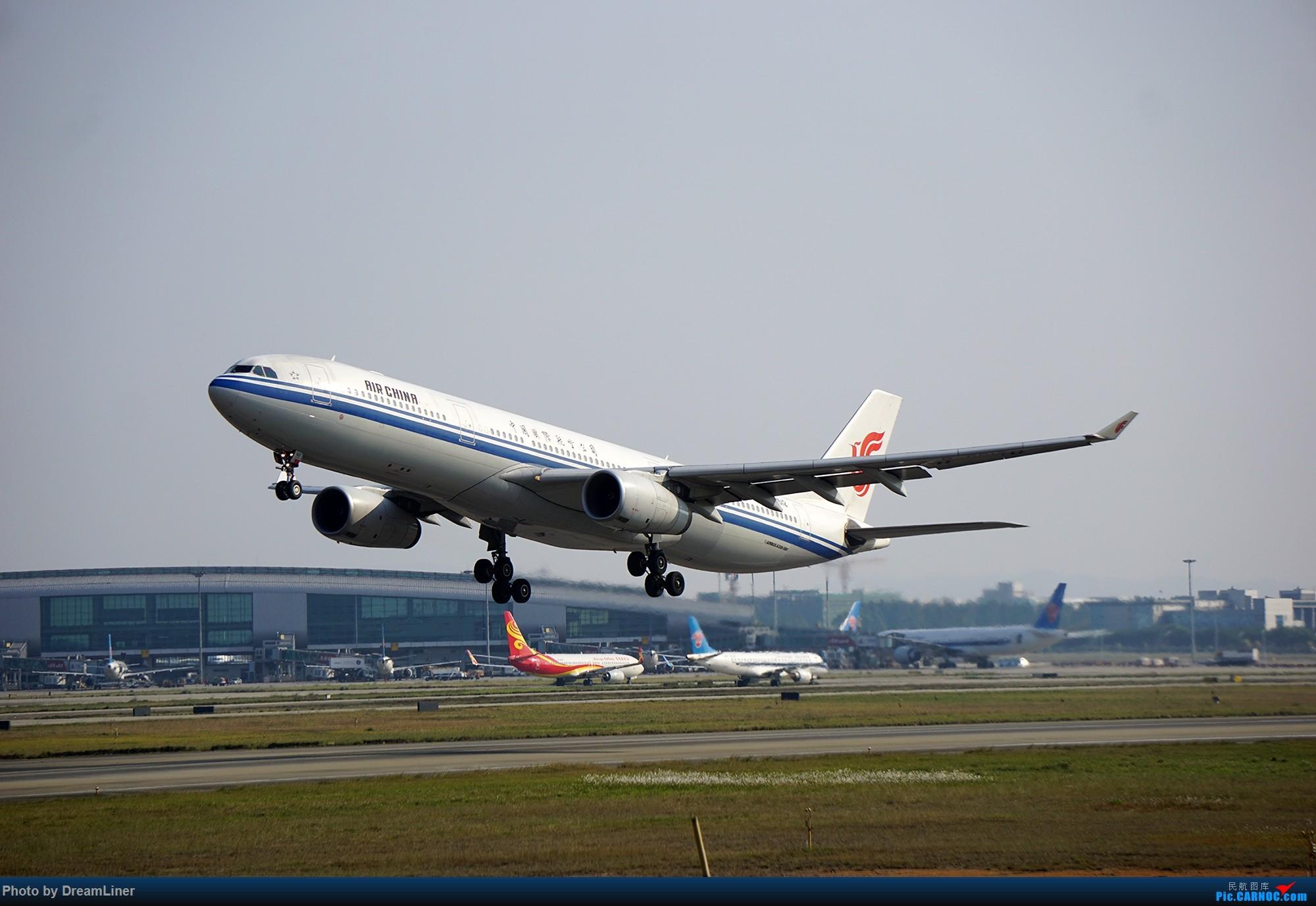 Re:[原创]【随便发几张】2016.02.11CAN拍机 AIRBUS A330-300 B-6512 中国广州白云国际机场