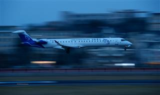 CRJ900夜降大连