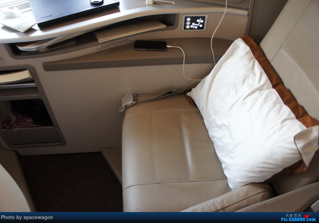 Re:[原创]{瓦罐出品} 那些年飞过的京沪线P舱 BOEING 777-300ER  SHA